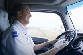Walmart's Growing Fleet Seeks Drivers