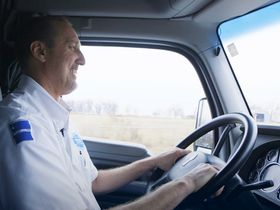 Walmart's Growing Fleet Seeks Drivers