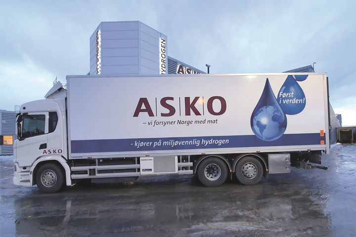 One of the four electric Scania trucks powered by Cummins' hydrogen fuel cell modules that Norwegian Grocer ASKO will be using to go a little greener. - Photo: ASKO