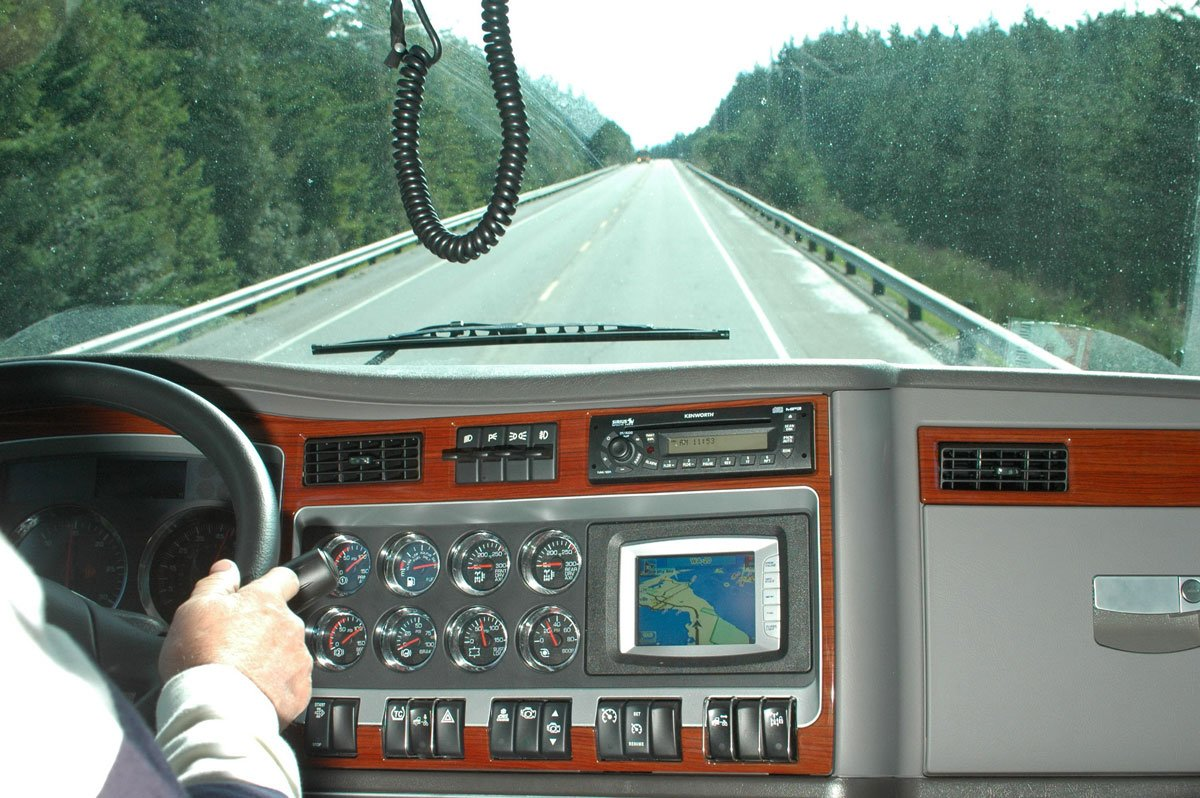 Hours-of-Service Final Rule Adds Flexibility to Truck Drivers' Workdays