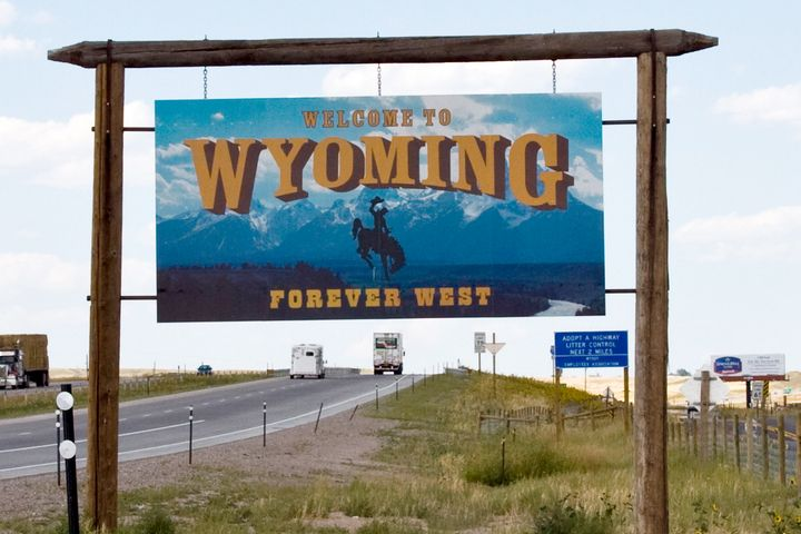 A total of 10 rest areas will soon close throughout Wyoming, reducing the number of available parking spaces for truckers. - Photo: CGP Grey via Wikimedia Commons