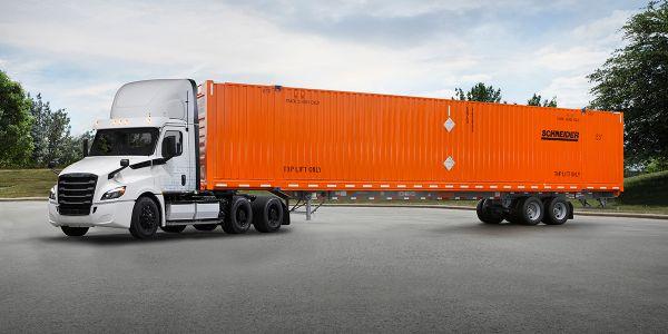 Schneider Enters Freightliner's Customer Experience
