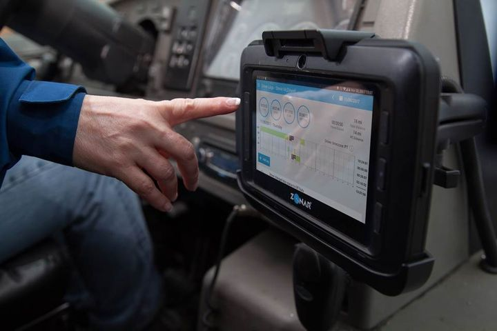 FMCSA says mandatory ELDs made more flexible hours-of-servie rules necessary. Critics don't buy it. - Photo: Zonar