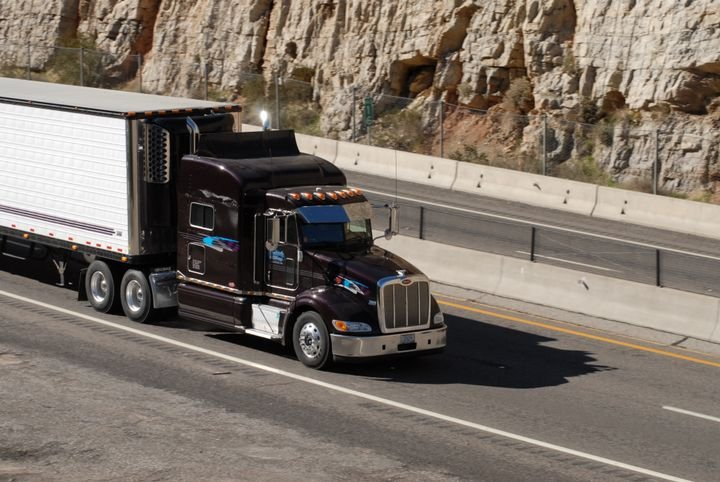 Owner-Operator groups believe freight brokers should be required to share more information with motor carriers about transactions. - Photo: Jim Park