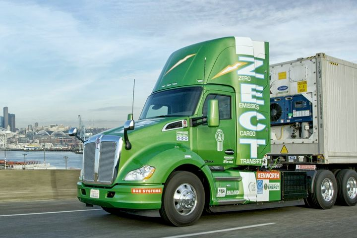 Ballard helped develop the proton exchange membrane hydrogen fuel cell system for the Kenworth Zero Emissions Cargo Transport, a hydrogen fuel cell battery-electric heavy-duty truck. - Photo: Kenworth