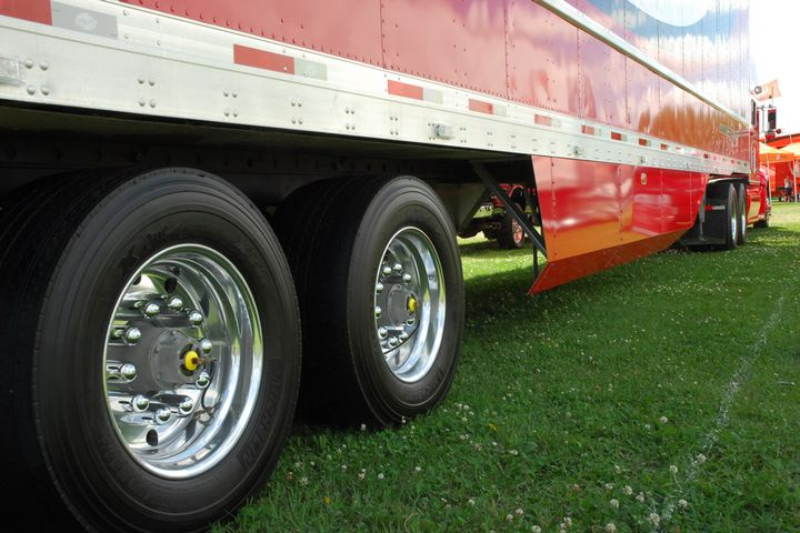 According to NACFE, low rolling resistance tires are now on more than 80% of new truck and trailers. - Photo: Jim Park