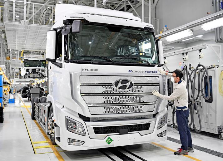 Hyundai claims the Xcient will be the first mass-produced fuel cell truck in the world. - Photo: Hyundai