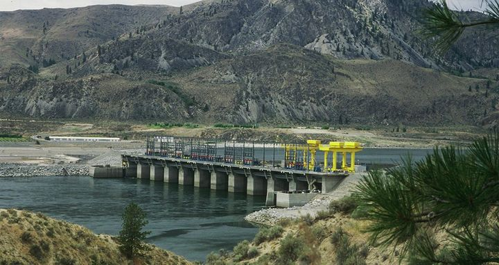 Cummins is building a 5-megawatt PEM electrolyzer at the Wells Dam on the Columbia River in Douglas County, Washington. The electrolyzer is powered by clean hydroelectricity. - Photo: Cummins