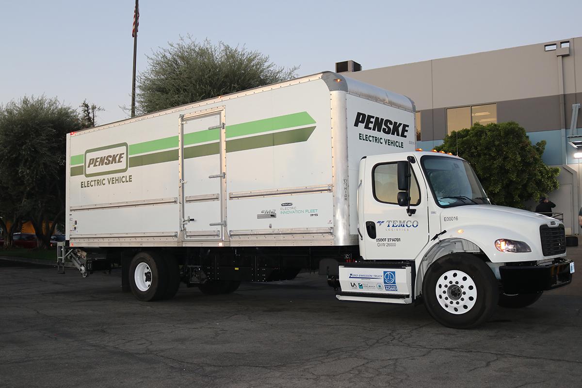 Penske Deploys eM2 to Temco Logistics' Fleet