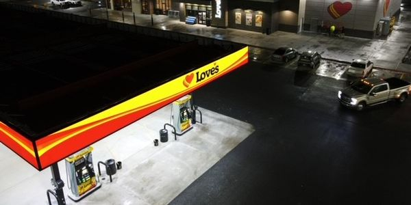 A new Love's Travel Stop in Bliss, Idaho, features 115 truck parking spaces.