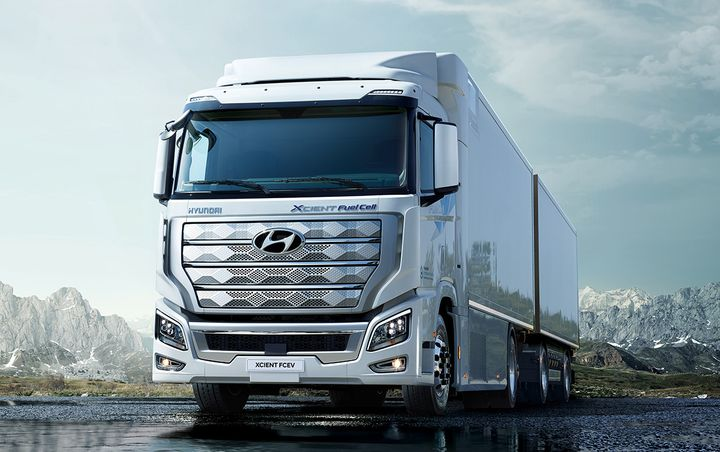 Hyundai has launched itsHTWO brand, which will represent the OEM's hydrogen fuel cell system technology. - Photo: Hyundai Truck and Bus