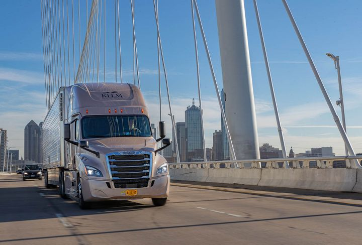 KLLM is rolling out a major truck driver pay increase in the coming weeks. - Photo: KLLM