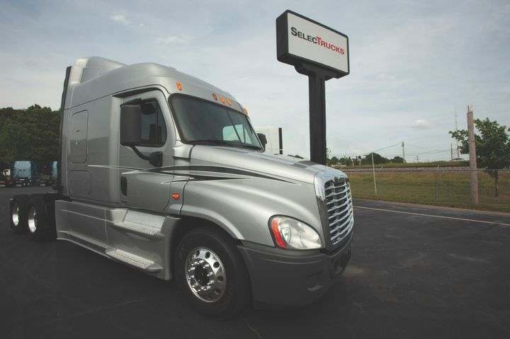 SelecTrucks recently opened four new locations in the Chicago suburbs. - Photo: SelecTrucks