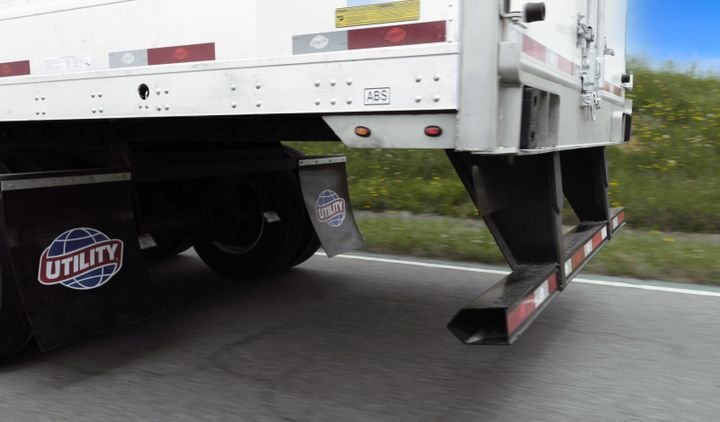 "Utility strongly recommends its 7"" deep horizontal bumper for horizontal bumper replacement on new or older Utility trailer models that were built after 2002 in order to exceed all rear trailer guard safety regulations.  - Photo: Utility Trailer Manufacturing"