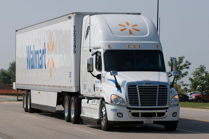 When a truck driver begins with the Walmart fleet at select locations, they will receive the bonus in two payments of $4,000. - Photo: Walmart