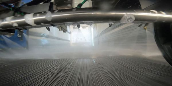 SmartWashout is a new, internal, cleaning system for reefers and produce fleets from Whiting...