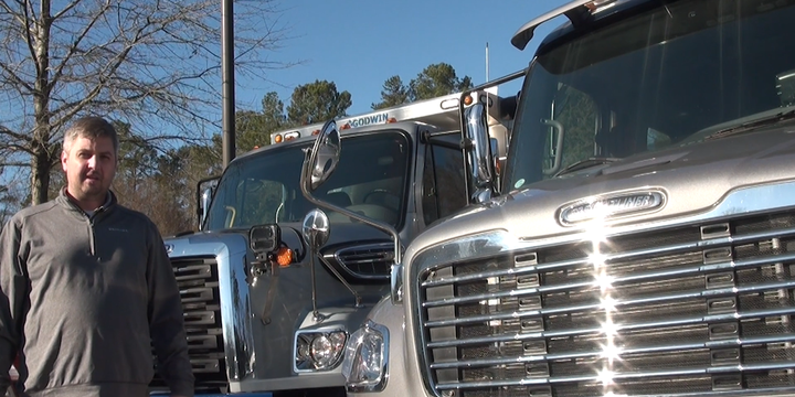 Freightliner this March will begin is offering the option to spec a heated hood-mounted swing arm mirror on the M2. - Screenshot: WTW21