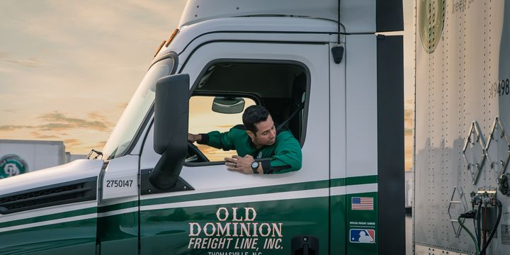Old Dominion's current hiring plans include adding 275 line haul drivers, 260 pickup and delivery drivers, 100 team drivers, and more than 430 dock workers. - Photo: Old Dominion