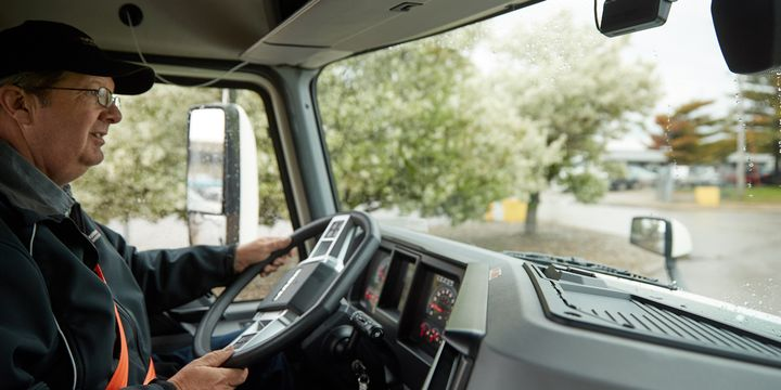 Koffie uses telematics and advanced safety technology to underwrite trucking companies, rewarding fleets that invest in safety with discounted insurance premiums. - Photo: Samsara