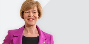 Senators Reintroduce Legislation to Support Women in Trucking