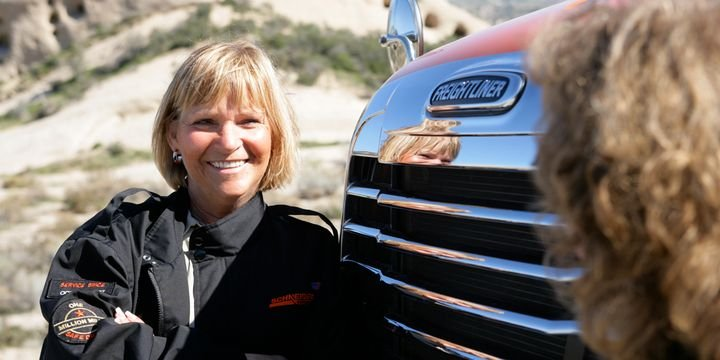 Einride surveyed 1,005 women and found that 45% of the women surveyed indicated that they would be interested in an autonomous trucking career. - Photo: Schneider