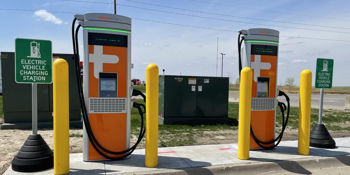Iowa 80 Truckstop Installs EV Charging Stations