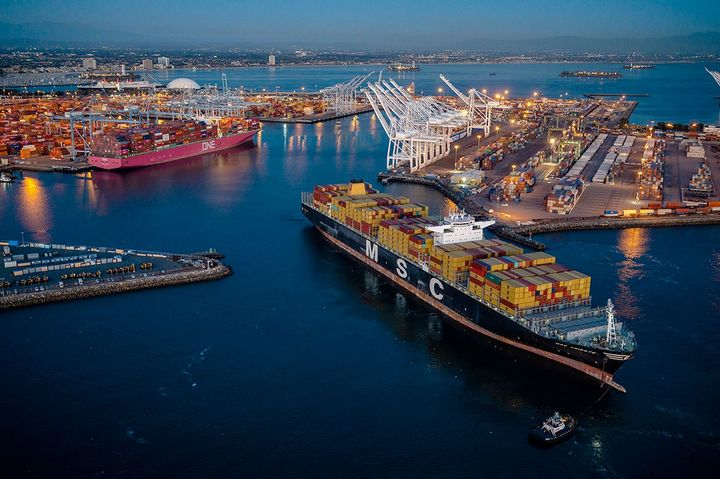 "The Port of Long Beach achieved its busiest month in March and its second-best quarter on record. Although March is traditionally one of the slowest months on the shipping calendar, dockworkers and terminal operators moved 840,387 twenty-foot equivalent units last month, beating the previous ""best month"" record of 815,885 TEUs, set in December 2020. - Photo: Port of Long Beach"