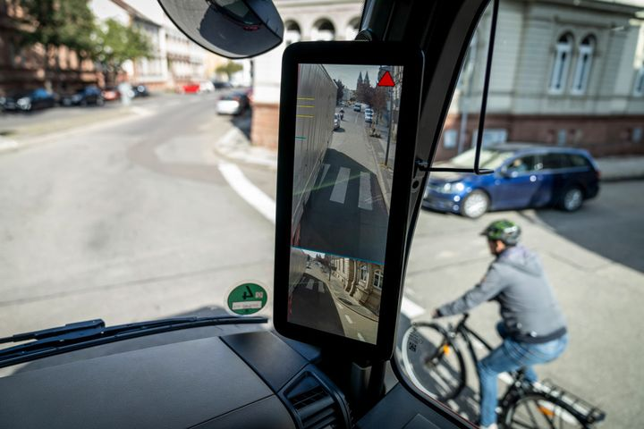 While some truck makers have been developing technology to help detect vulnerable road users in blind zones, Together for Safer Roads is looking to push technology in this area even further with its Truck of the Future project. - Photo: Daimler Trucks