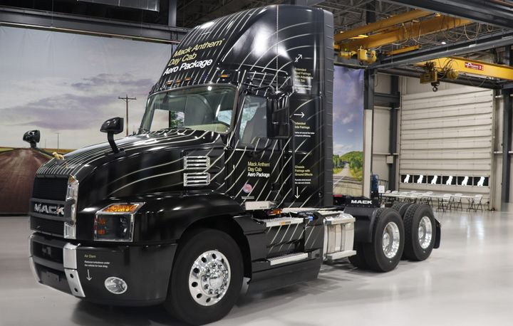 Mack Trucks' newly designed faring will increase fuel efficiency by up to 2% when paired with side shields. - Photo: Mack Trucks