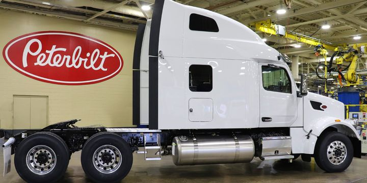 With the addition of the UltraLoft sleeper, Peterbilt's Model 567 now offers a more spacious, integral sleeper option. - Photo: Peterbilt