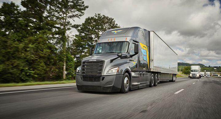 """U.S. Xpress' new digital brokerage unit complements its new Variant """"digital fleet."""" - Photo: U.S. Xpress"""