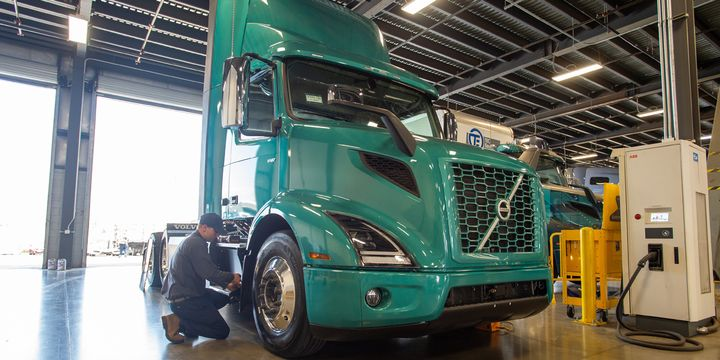 Volvo Trucks designed its Volvo EV Certified Dealer program to ensure technicians understand the proper safety procedures when servicing electric drivetrains and components. - Photo: Volvo