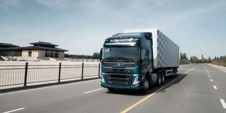 In 2020, more than 4,500 heavy-duty Volvo trucks were imported and delivered to customers in China. In line with the long-term Volvo Group strategy, Volvo Trucks is therefore expanding its business operation in China. - Photo: Volvo