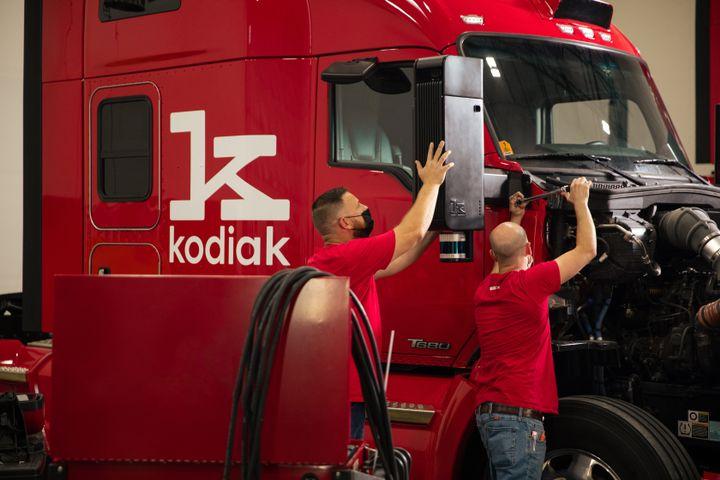 Kodiak's fourth-generation truck features a modular and discreet sensor suite designed to simplify sensor installation and maintenance. - Photo: Kodiak