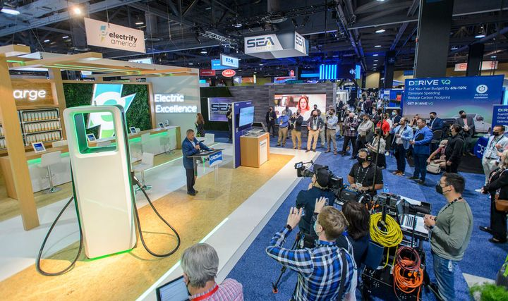 Electrify America and NFI announced an ambitious electric-truck charging infrastructure project at ACT Expo. - Photo: ACT Expo