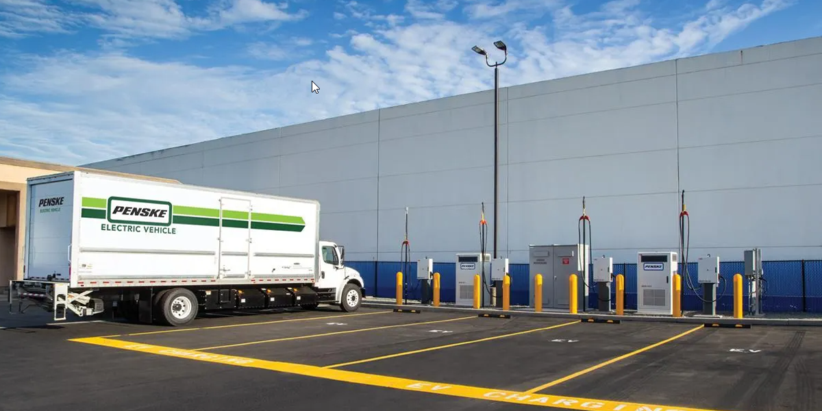 Penske Pilots Software to Support Electric Truck Charging