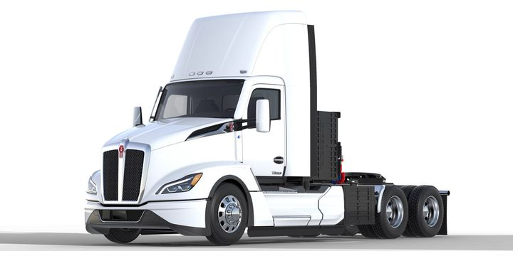 Each charging station will deliver 1-megawatt of power from roadway-embedded charging pads, stationed at designated facilities in Seattle and Portland, to a specially equipped Kenworth T680 next-generation battery-electric vehicles. - Photo: Kenworth