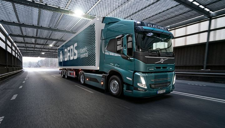 With a single fleet order for 100 FM Electric trucks in Europe and several recent orders in the U.S. for the VNR Electric, Volvo says electric-truck adoption is increasing. - Photo: Volvo
