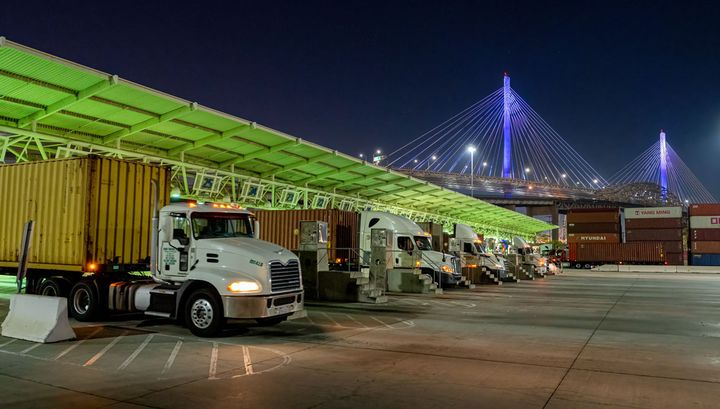 The Port of Long Beach started a pilot program to increase cargo pickup in the late night/early morning hours. - Photo: Port of Long Beach