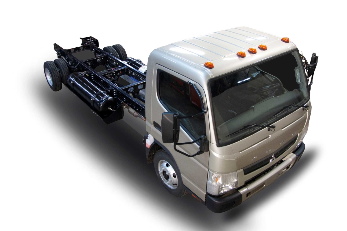 Mitsubishi Fuso Shows Off CNG-Fueled Concept Truck