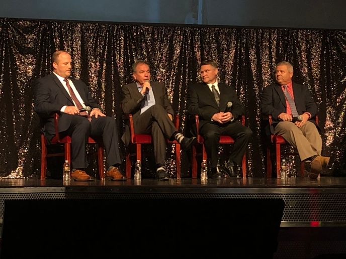 Panelists at Heavy Duty Aftermarket Dialogue talk about what keeps them up at night.