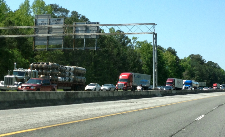 The proposal would give drivers more flexibility to deal with problems such as congestion and shipper delays.  - Photo by Deborah Lockridge