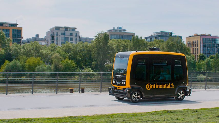 At the Consumer Electronics Show in Las Vegas, Continental said electric, autonomous delivery vans will be key enablers for the fast-evolving last mile delivery transporation segment.  - Photo: Continental