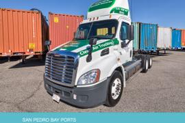 California Port Tightens Clean Air Standards for Trucks
