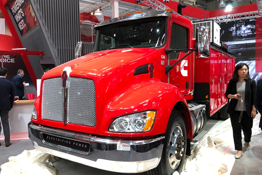 Cummins showed off a Kenworth T370 with its PowerDrive hybrid powertrain.