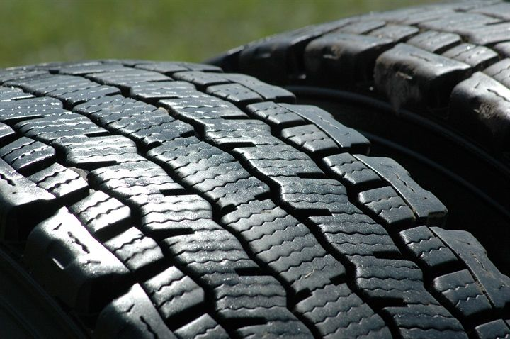 The International Trade Commission has reversed an earlier decision and ruled the U.S. tire market is being harmed by the import of truck and bus tires from China.
