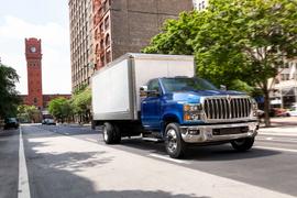 International Debuts CV Series Class 4/5 Truck