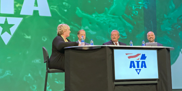 A panel discusses the ATRI's Top Industry Issues for 2019.