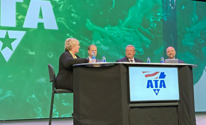 A panel discusses the ATRI's Top Industry Issues for 2019.  - Photo by Deborah Lockridge