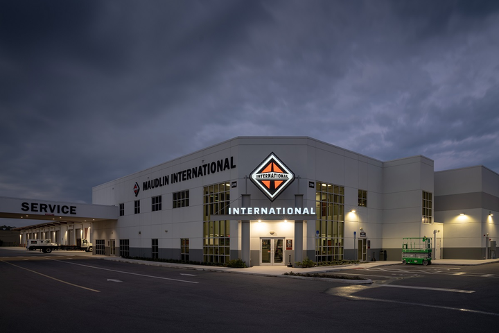 "Aiming to set itself apart from its competitors, Navistar International Corp. is embarking jointly with its dealer network on ""a clear path"" to be the ""most customer-centric, innovative, and value-creating truck and bus solutions provider in the Americas.""